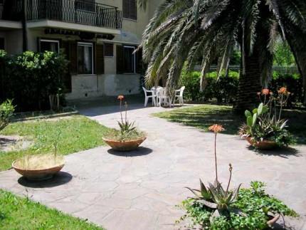 Marina-Di-Campo-Appartamento-Posta-esterno