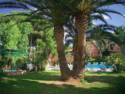 Hotel-Barracuda-Isola-d'Elba-parco