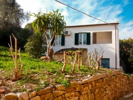 Casa Lorenzo, holiday apartment on Elba Island, external view