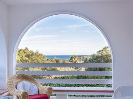 Villa La Quiete, holiday accomodation on Elba Island, terrace facing the living room with table and chairsVilla La Quiete, holiday accomodation on Elba Island,