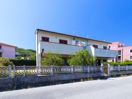 Appartamento Rosa piano primo, bilocale all'Isola d'Elba, esterno