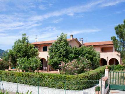 Ginestre bilocale, appartamento per vacanze all'Isola d'Elba, Esterno