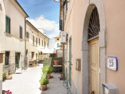 Grazia B, Holiday apartment in Elba Island, view of the street in front of the apartment