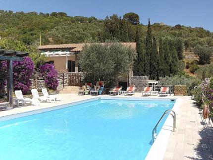 Appartamento Le Solane a Marina di Campo, piscina