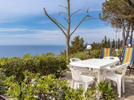 Casa Miramare 3, Isola d'Elba tavolo esterno