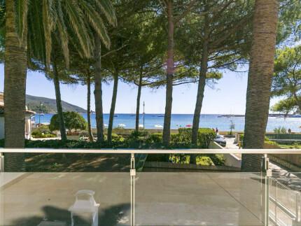 Villa Giulia in Elba Island, terrace with table and sea view